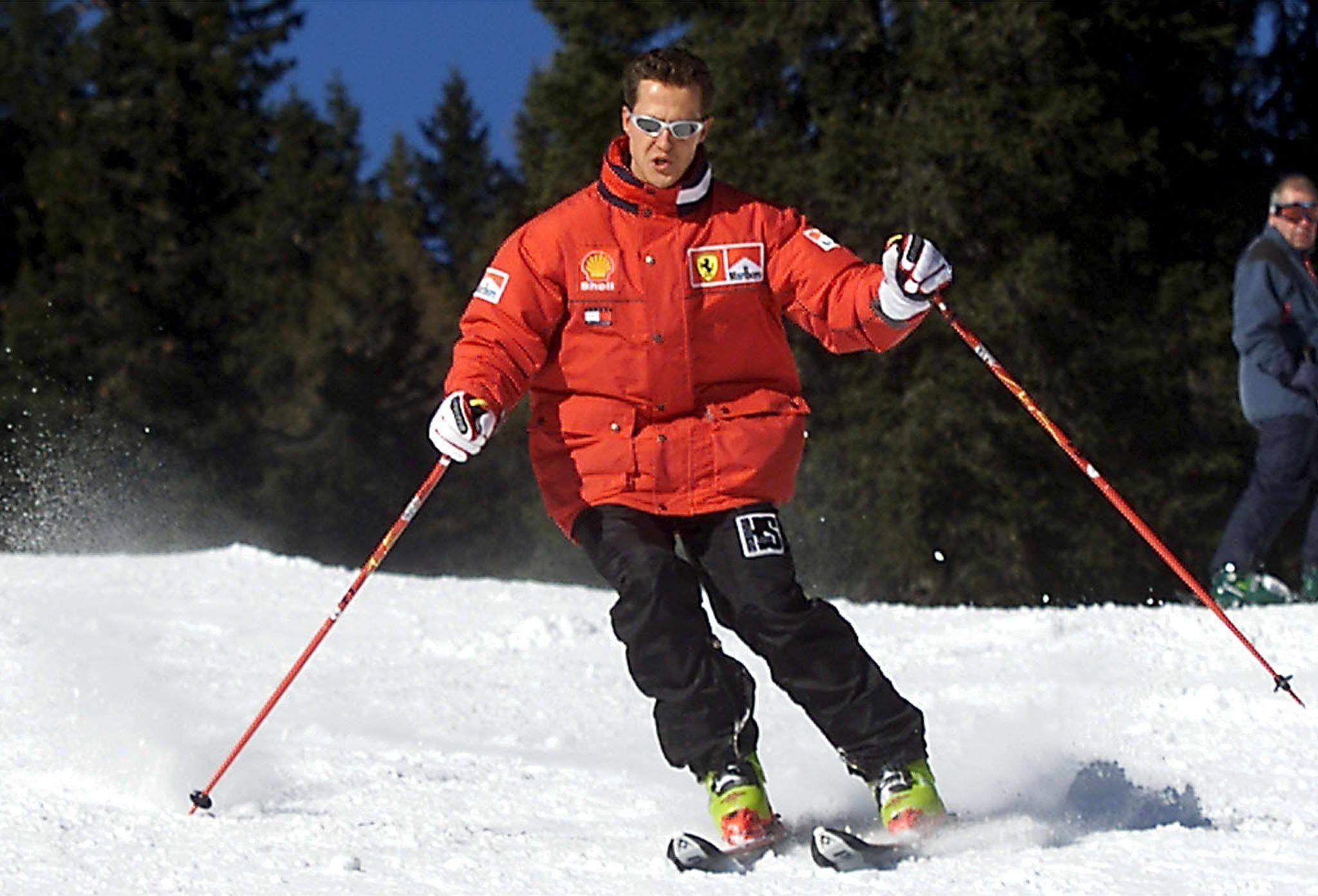 Michael Schumacher reacciona a las voces y mueve los ojos