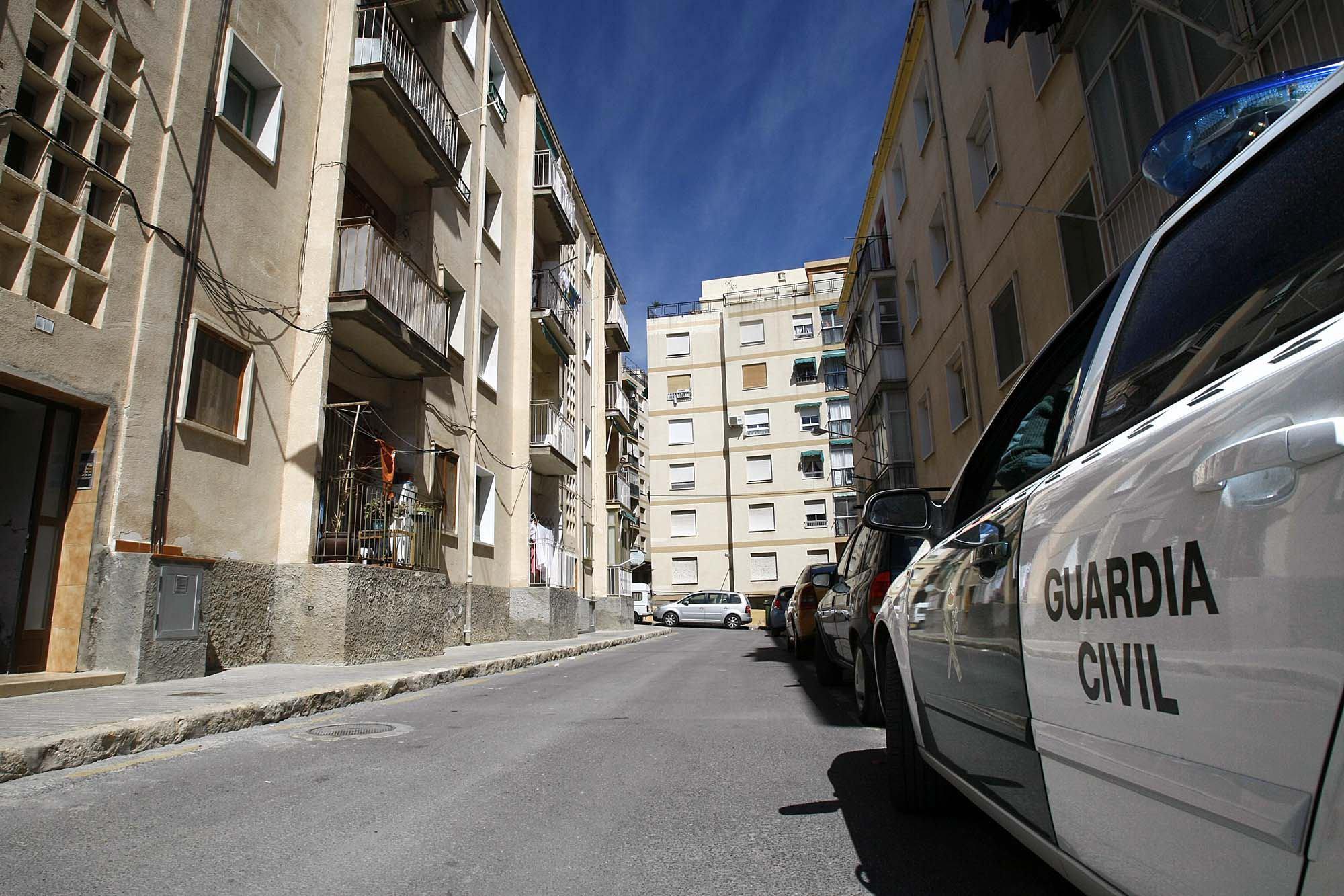 Muere una mujer sepultada por el techo de su vivienda en Granada