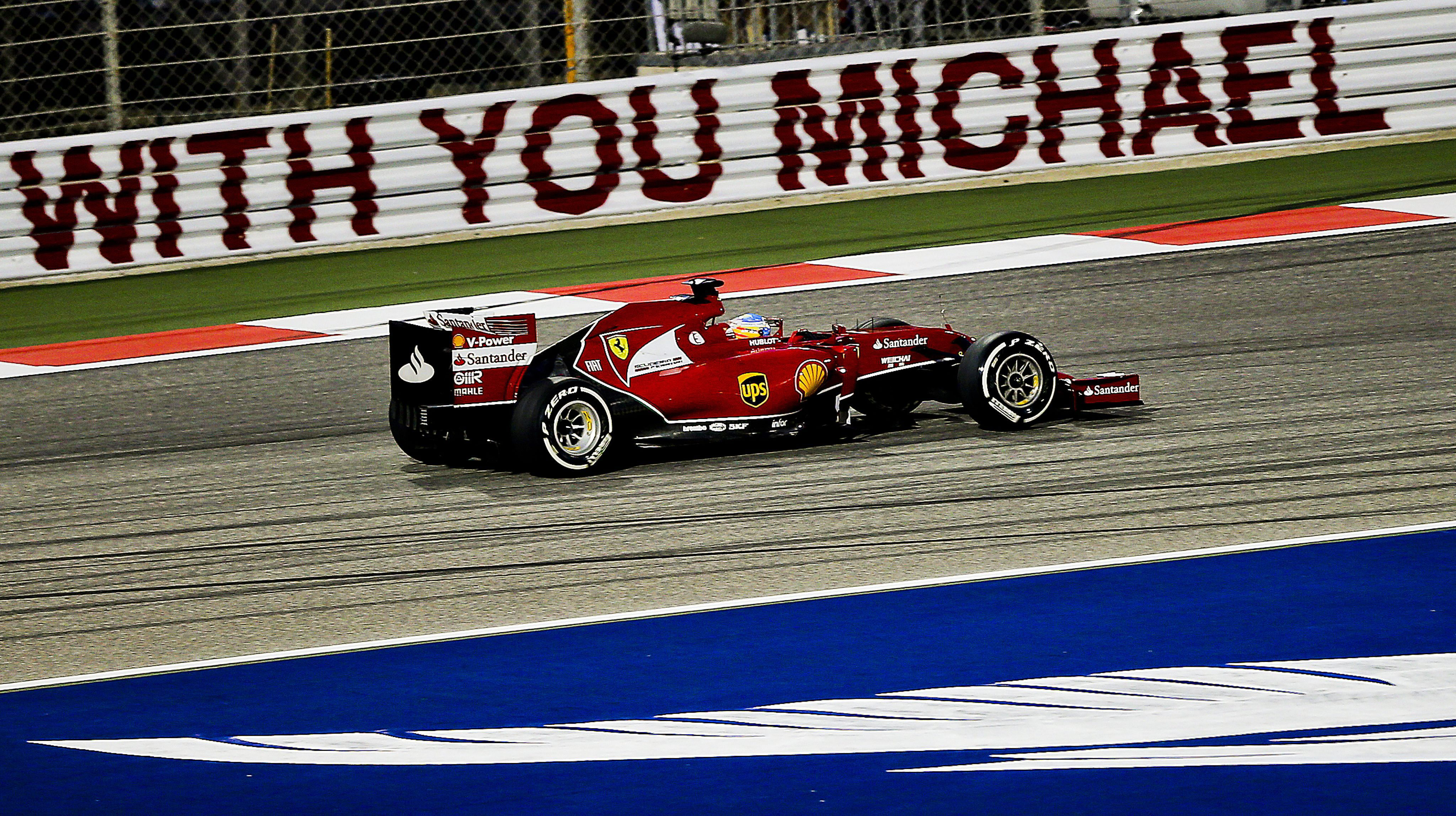 Doblete de Mercedes con Hamilton primero y Alonso noveno
