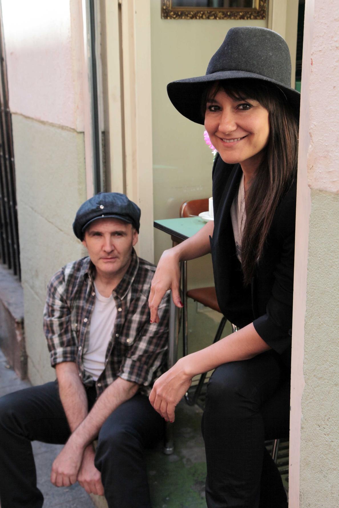 Amaral actuará el próximo 21 de junio en Cádiz y el 12 de julio en Málaga donde presentará su single »Ratonera