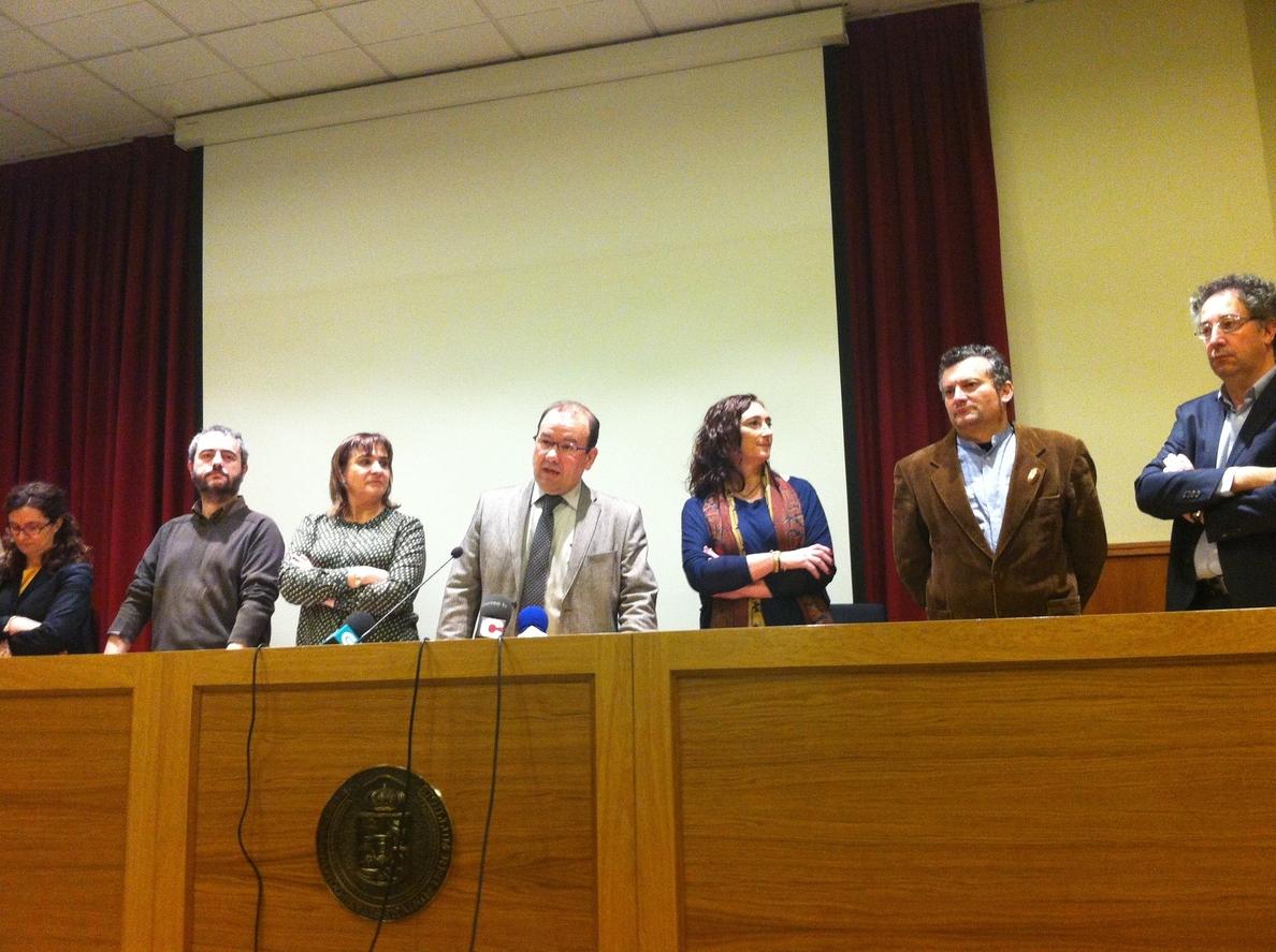 Antonio López rechaza «la vía del recorte» para la USC e incide en la necesidad de «relevo generacional» de profesores