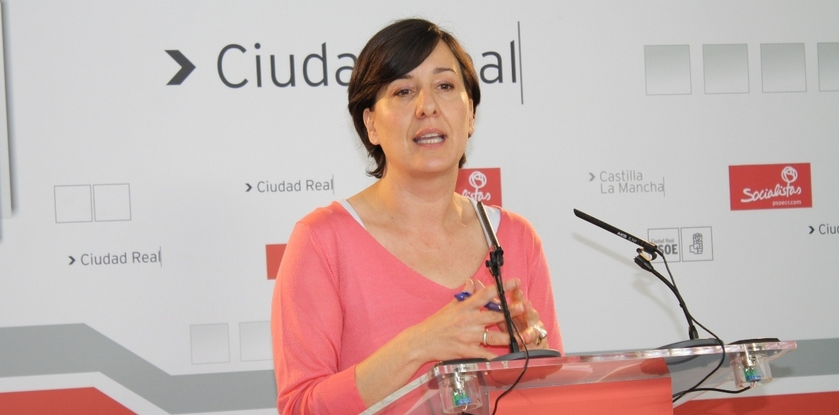 Fernández (PSOE) dice que la región no tiene «nada que celebrar y sí mucho que lamentar» en materia de salud