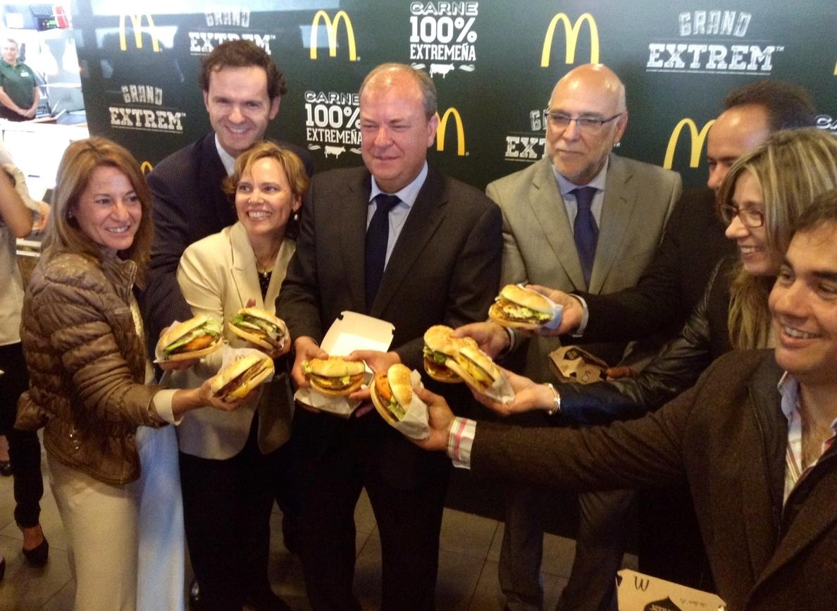 McDonald»s España ofrece una nueva gama de tres hamburguesas con carne cien por cien extremeña