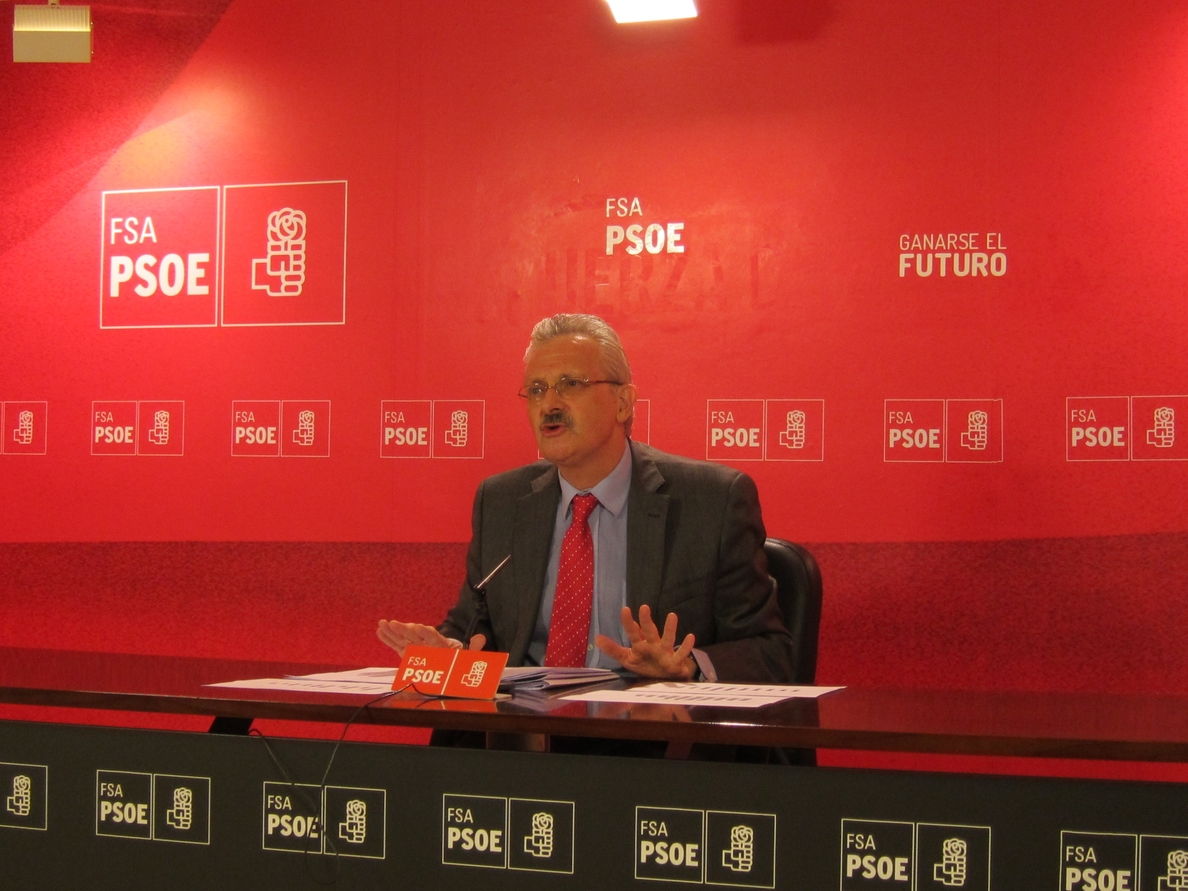 Trevín (PSOE) asegura que la variante de Pajares no estará lista en 2014 «aunque estuviese tuerta y con ancho ibérico»