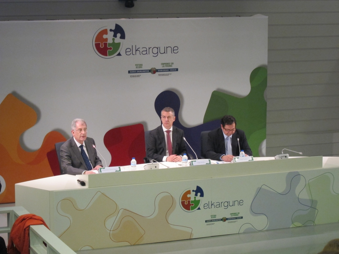 Urkullu pide sacar la RGI del debate «cortoplacista y oportunista» y dice que es «una inversión social necesaria»