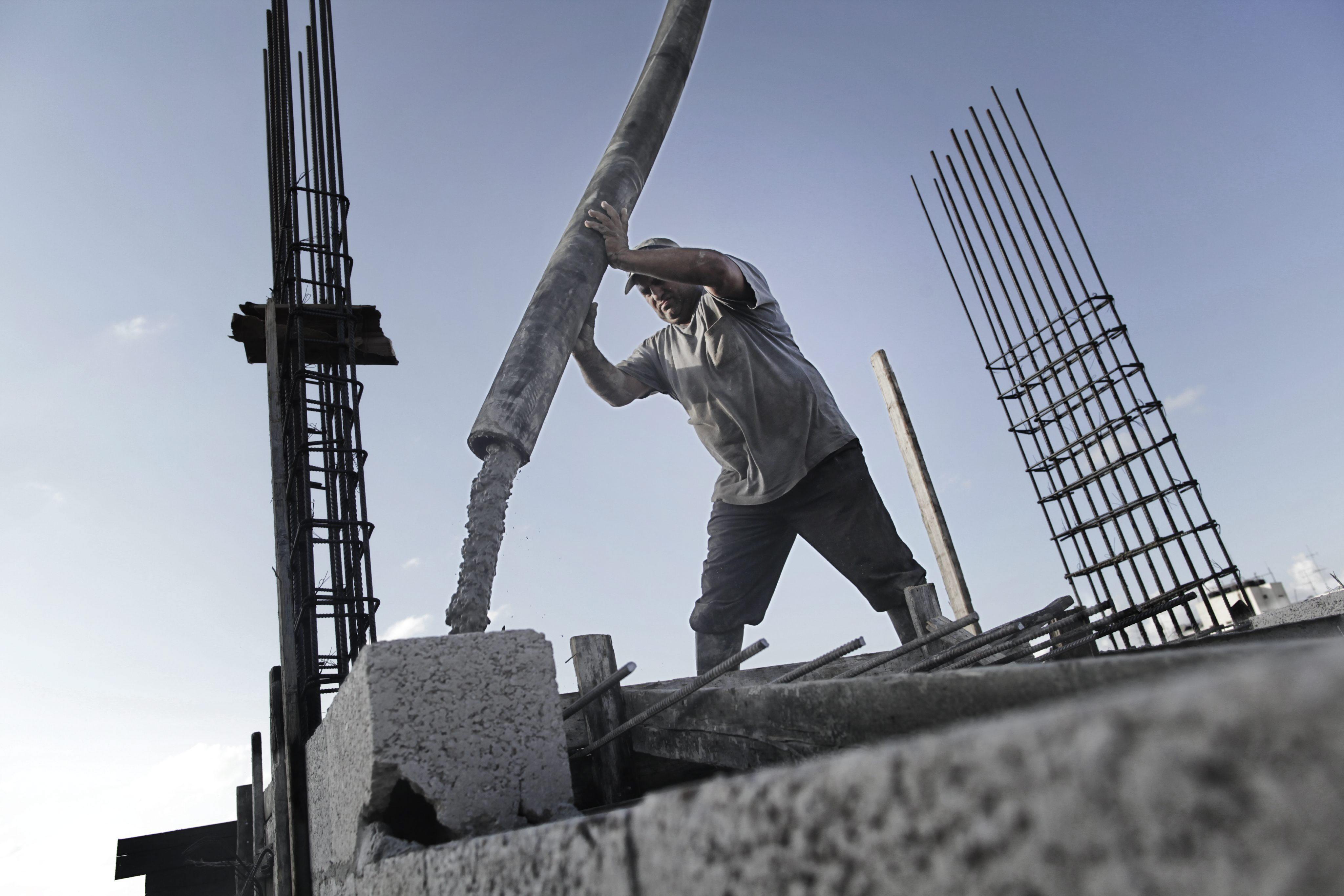 Los gigantes del cemento, Holcim y Lafarge, anuncian su fusión