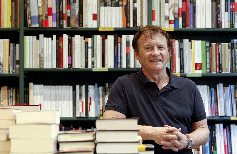 Muñoz Puelles afirma que la literatura infantil salvará al libro impreso