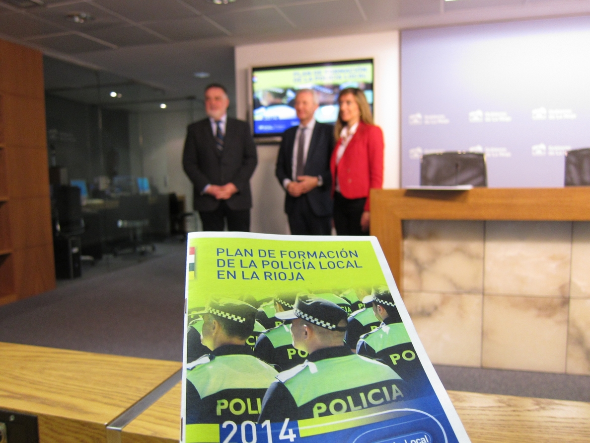 El plan de formación continua de la Policía Local en La Rioja aumenta este año con 390 horas previstas