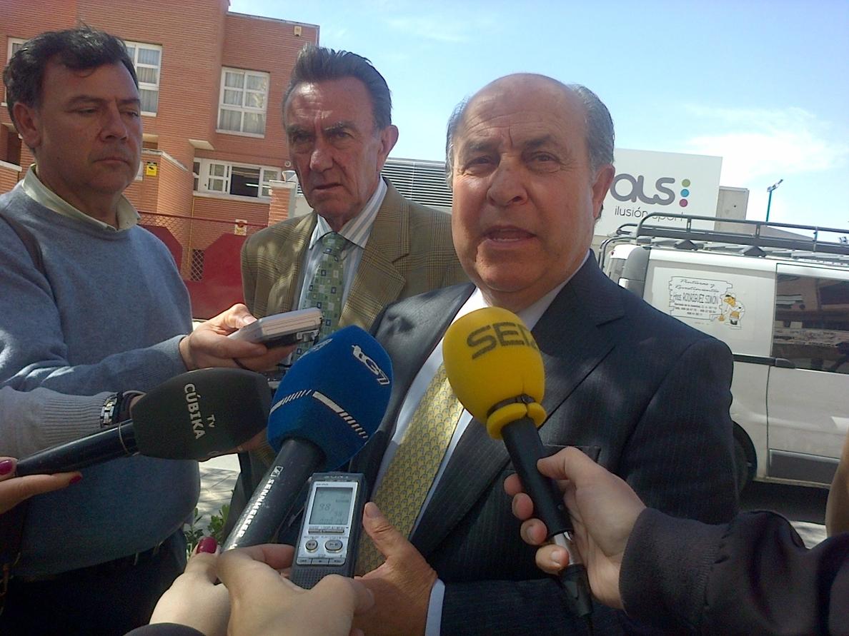 Alcalde confirma que el monolito a Primo de Rivera se trasladará a un museo o al archivo municipal