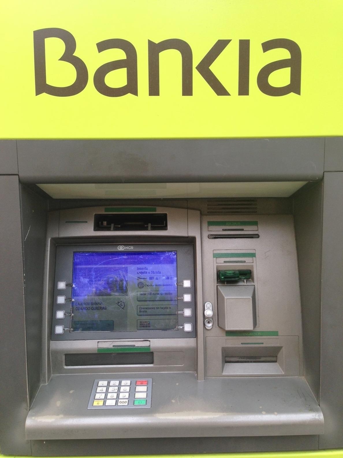 Bankia inicia la venta del 4,94 por ciento que posee en Iberdrola
