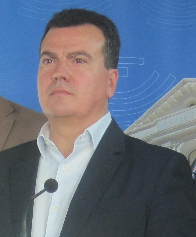 Cantero (PP) dice que Luciano Fernández critica decisiones que Educación toma «muy bien» sólo para «ponerse medallas»