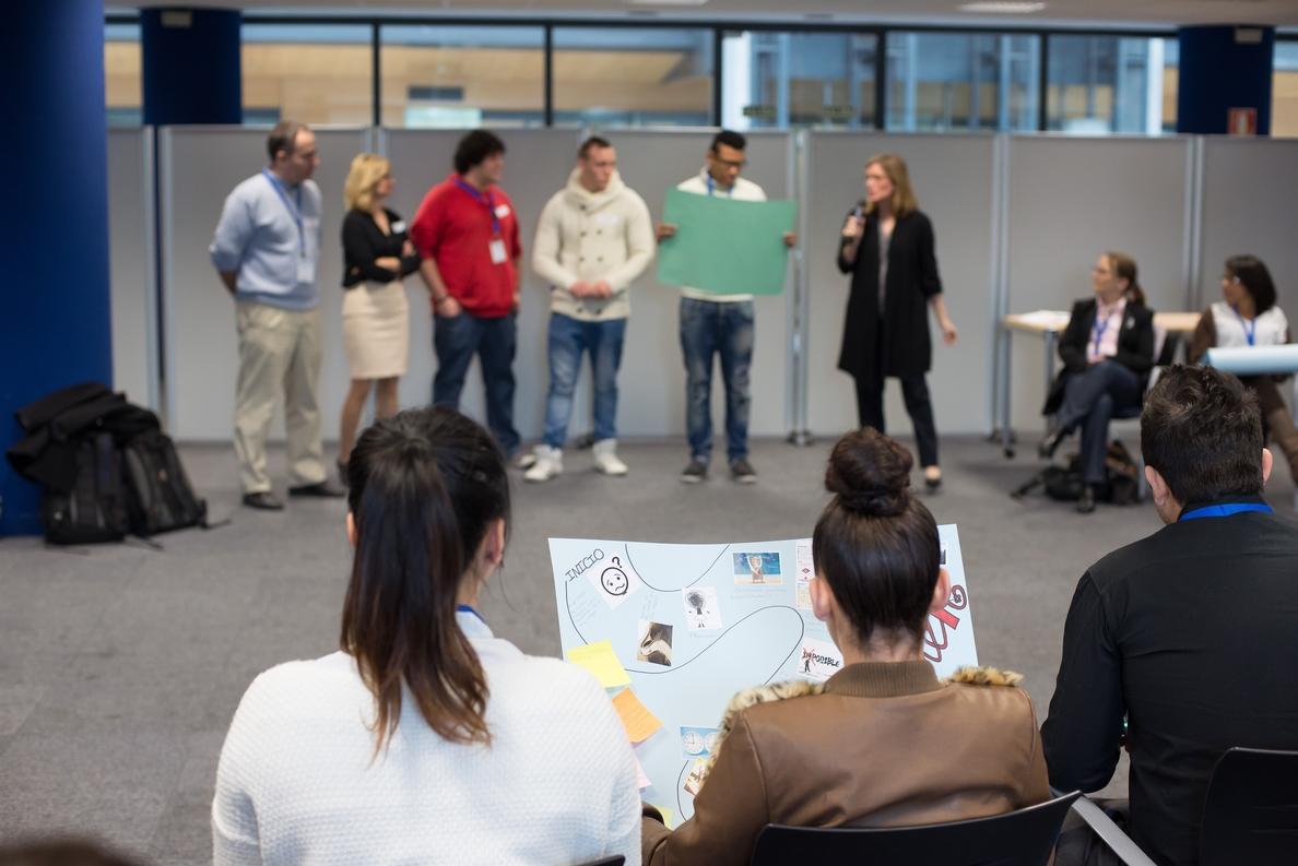 Endesa lanza el proyecto »Coach» en Palma de Mallorca por primera vez para luchar contra la exclusión entre los jóvenes