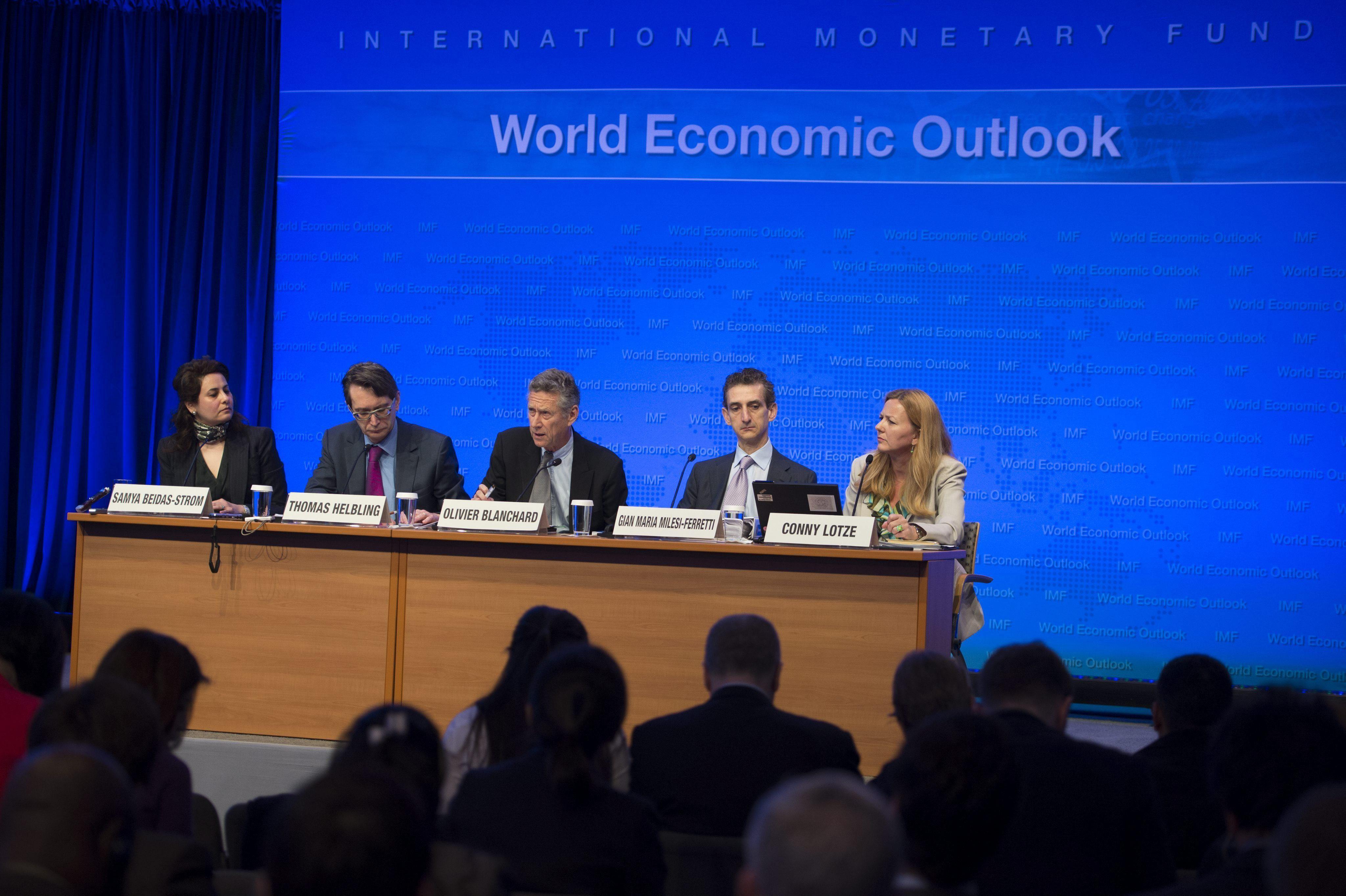 El FMI insiste en que el crédito sigue sin fluir para las familias y las empresas