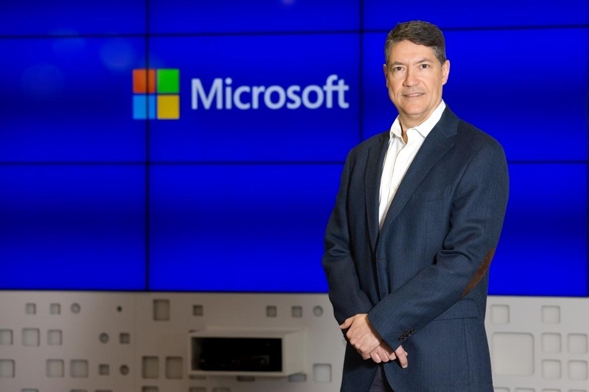 Fernando Calvo: «Cuantas menos personas se queden en Windows XP, menos riesgo»