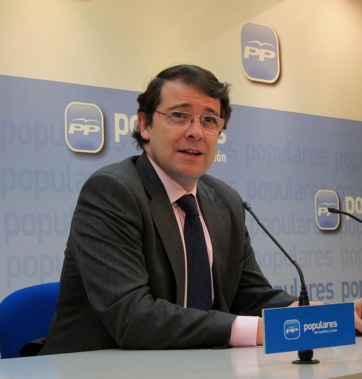 Mañueco cree que la candidatura de Cañete es una buena noticia para CyL por su conocimiento de Europa