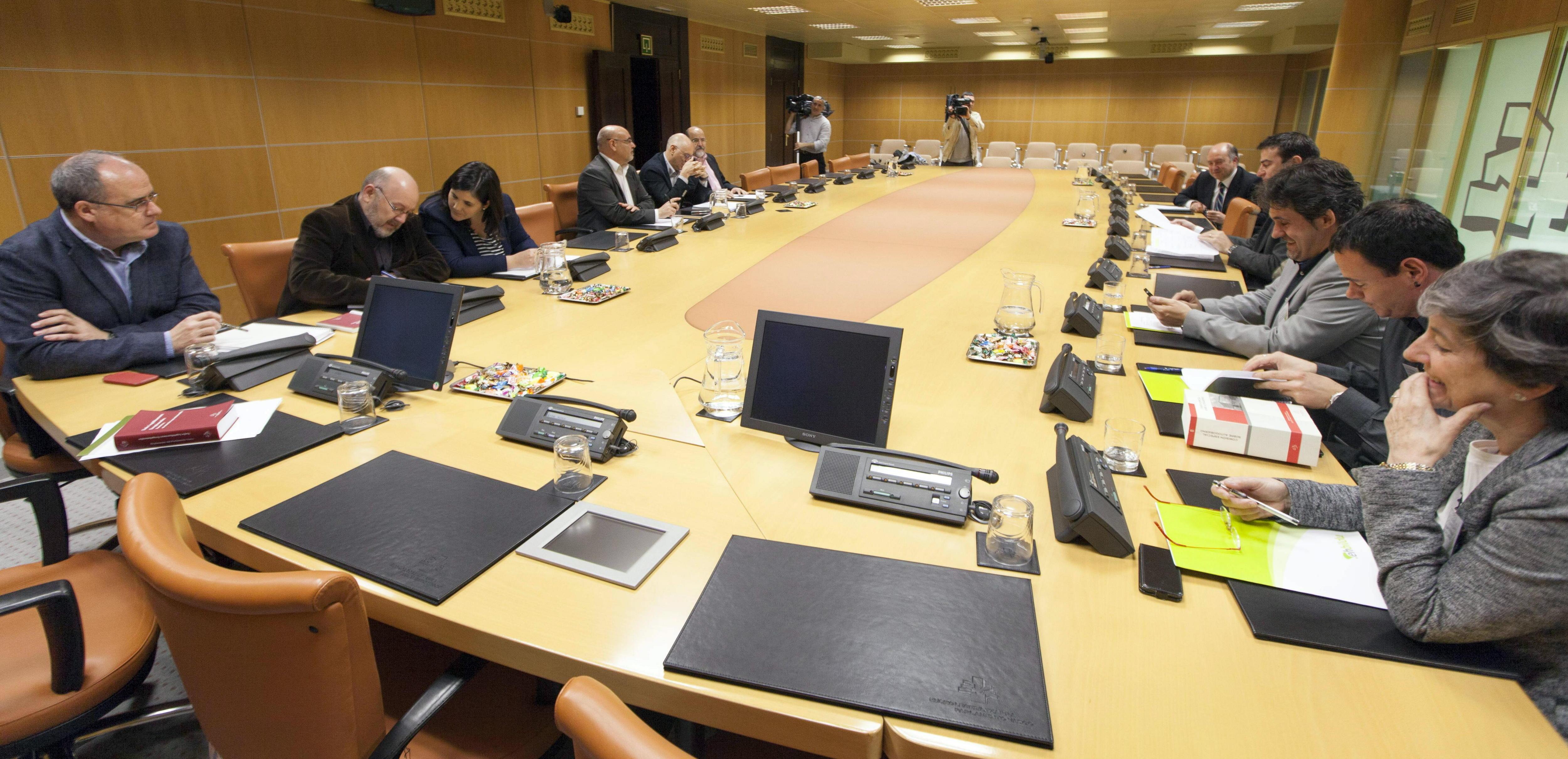 El PNV solicitará un estudio económico de la independencia y la dependencia