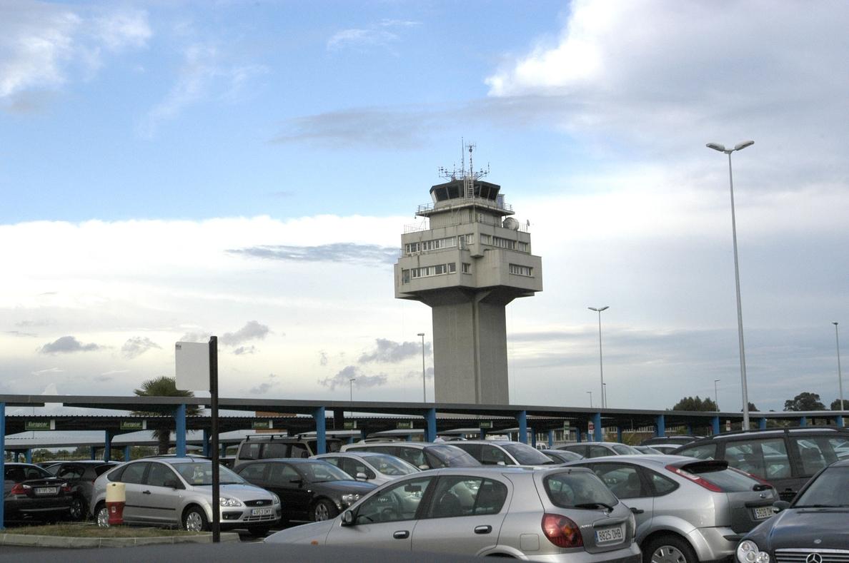 El PSOE ve al Gobierno «incapaz» de gestionar una infraestructura «clave» como el aeropuerto