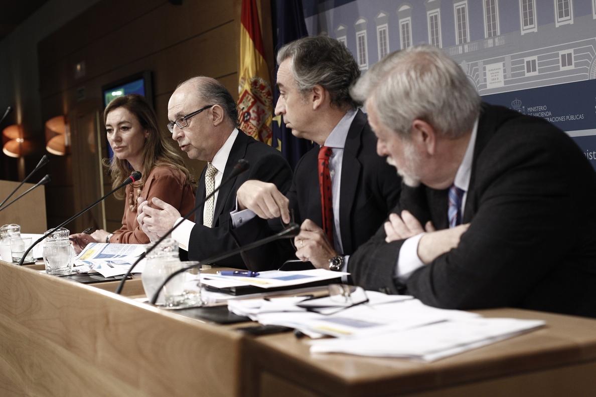 El PSOE reclamará mañana más plazo e intereses más bajos para los créditos del plan de pago a proveedores