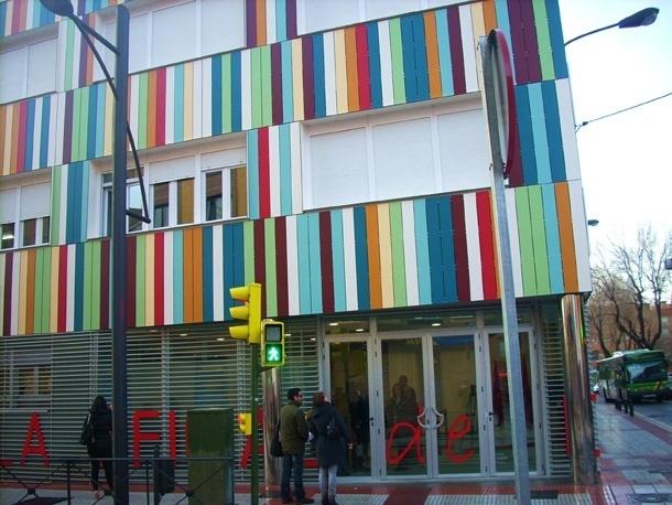 El PSOE solicita becas para que los parados puedan acceder a la escuela oficial de idiomas