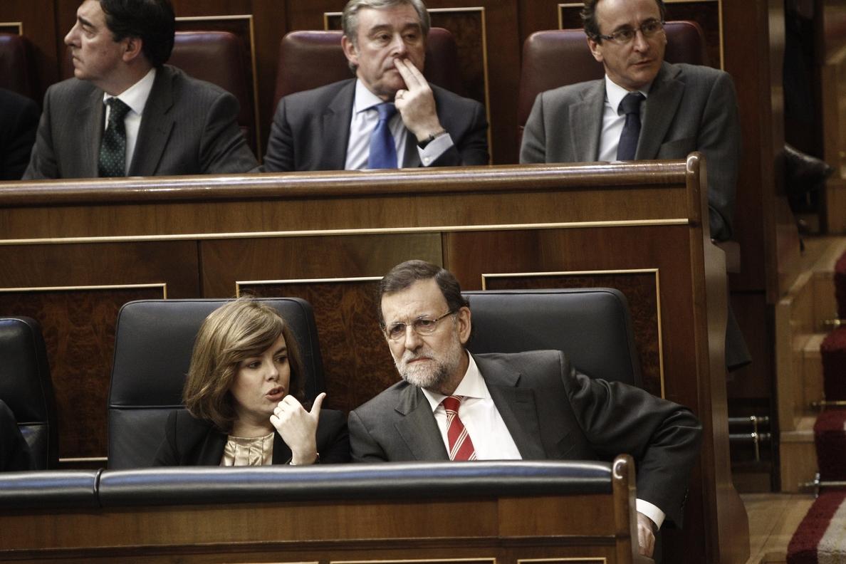 Rajoy asegura en el Congreso que si hay «recursos suficientes» pondrá en marcha la prestación por hijo a cargo