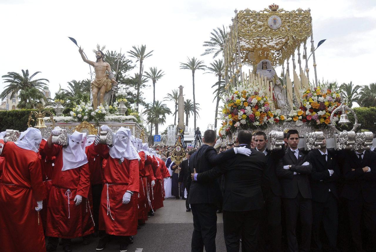 Horarios e Itinerarios de las procesiones de Melilla en Semana Santa 2014