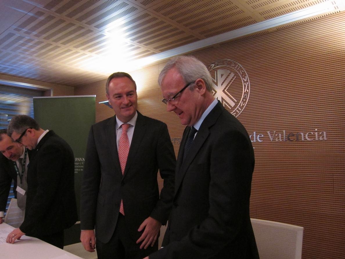 Valcárcel critica que Alemania y el Norte de Europa «juegan con trampa» con las infraestructuras para el Sur