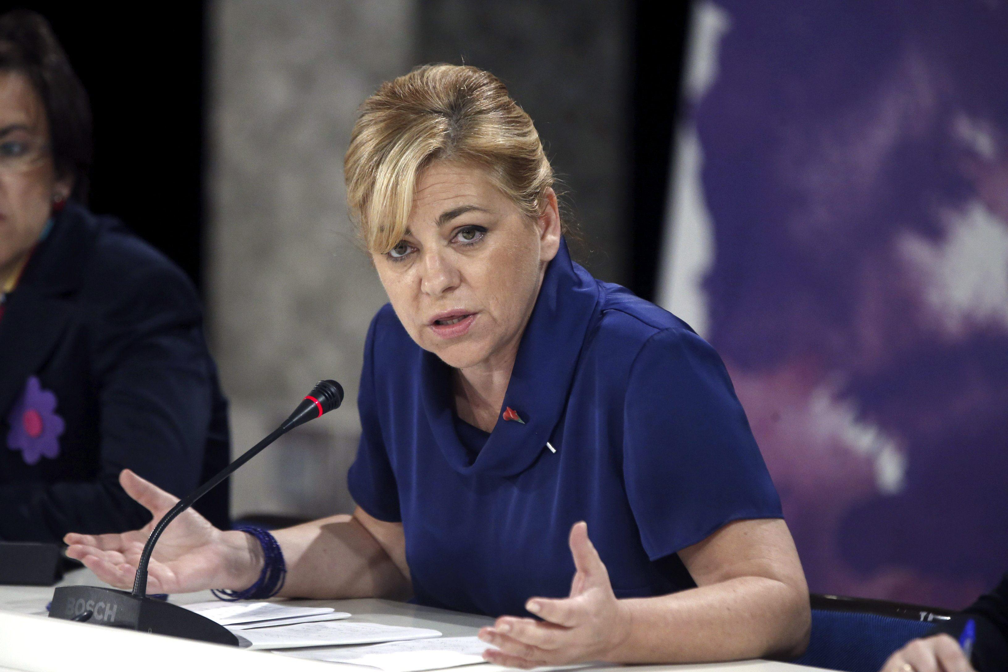 Elena Valenciano ya tiene rival: «Cañete es un gran adversario»