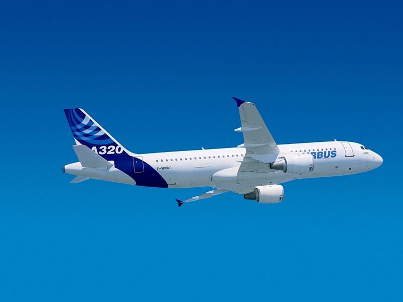 Vueling y Telefónica se alían para ofrecer WiFi de alta velocidad en los aviones