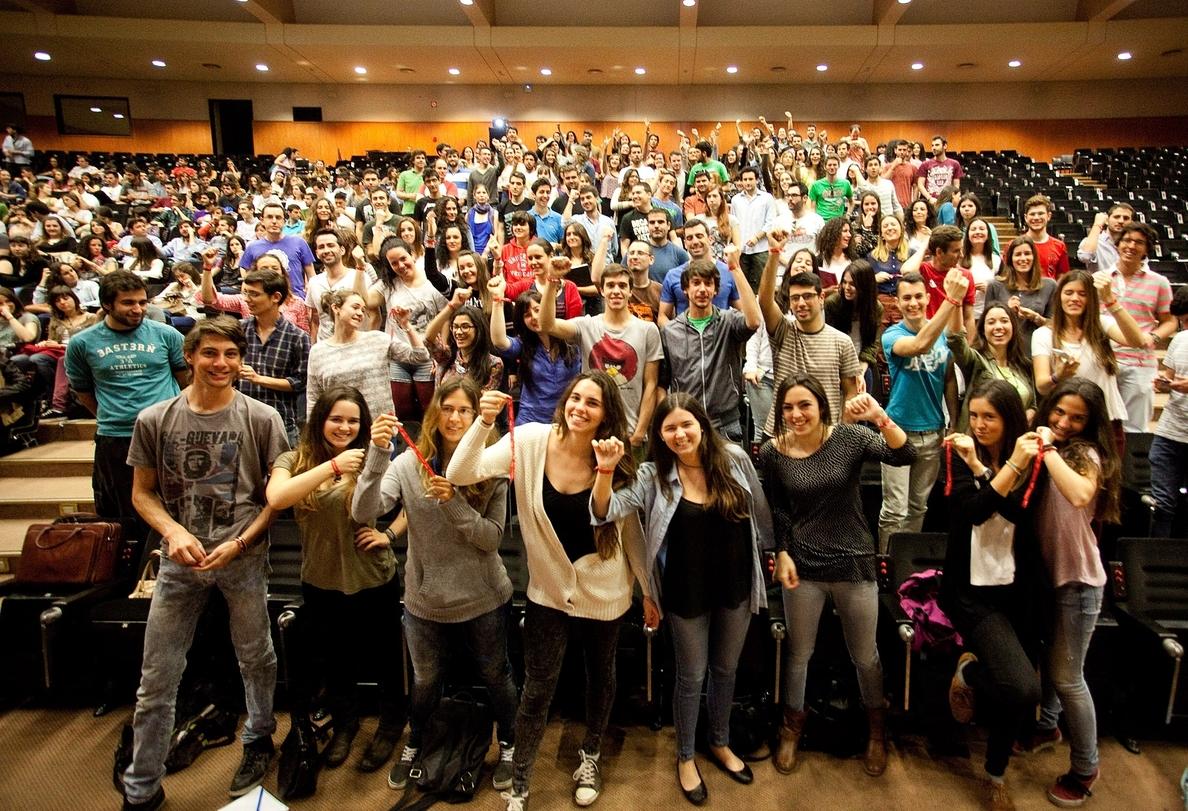 Unos 1.100 estudiantes de la US se convierten en embajadores de la ciudad en el extranjero