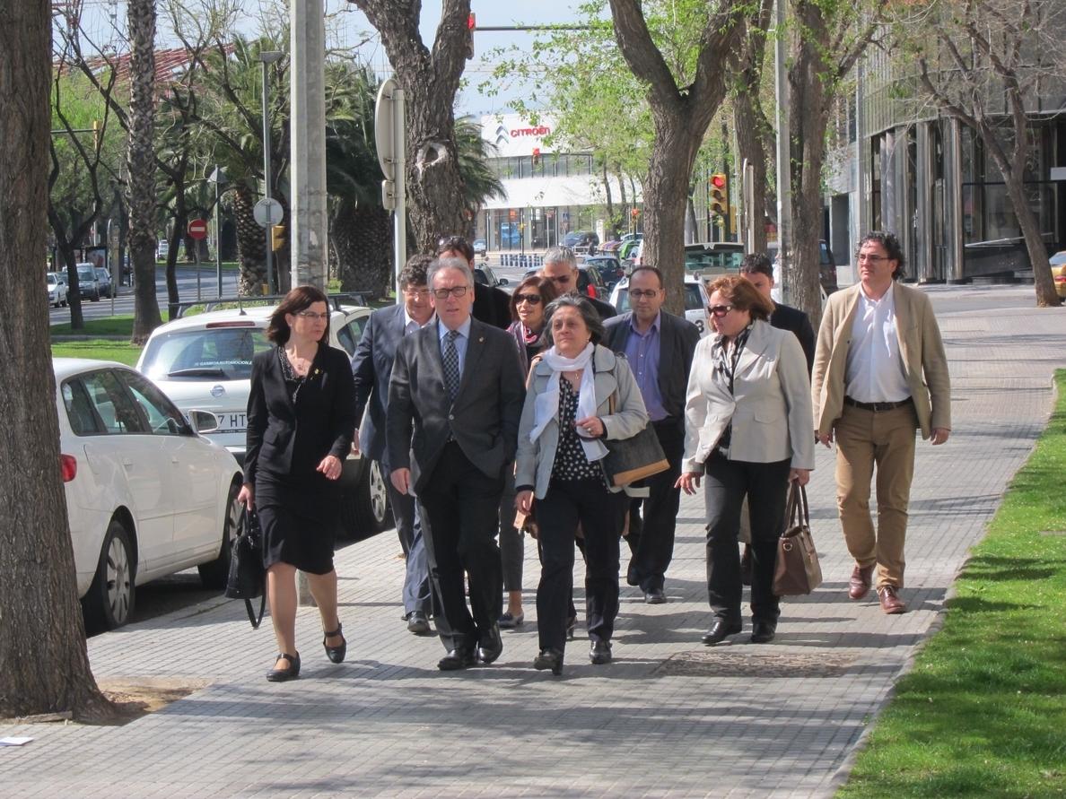 El presidente de la Diputación de Tarragona se siente «feliz» y arropado por su equipo de Vila-seca