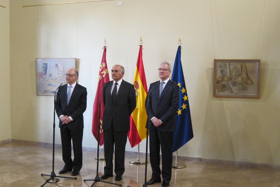 AMP- Montoro dice que antes del día 30 enviará a Bruselas Plan Estabilidad con revisión al alza de previsión crecimiento