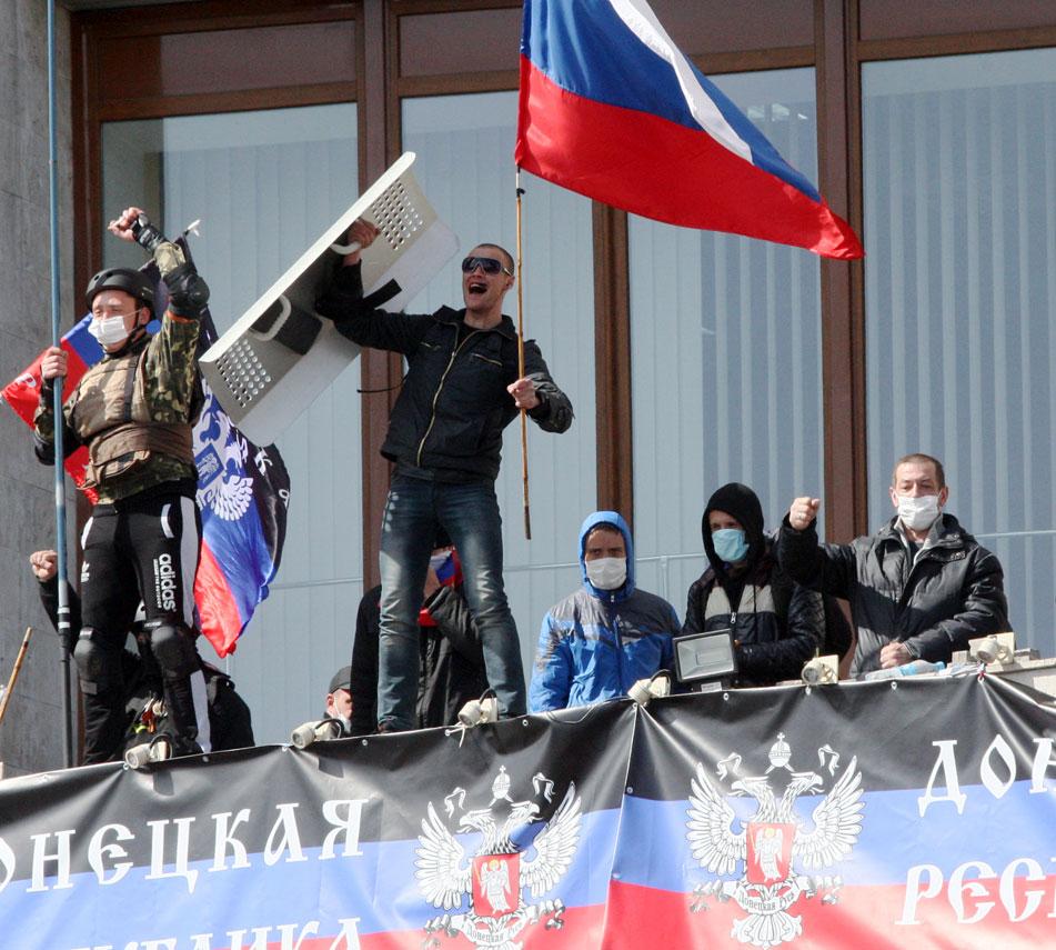 El presidente de Ucrania se compromete a amnistiar a los prorrusos si bajan las armas