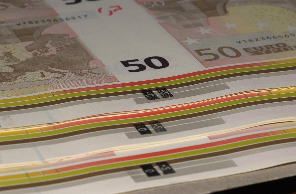 (Ampliación 2) El Tesoro supera su objetivo y coloca 4.560 millones en letras a 6 y 12 meses