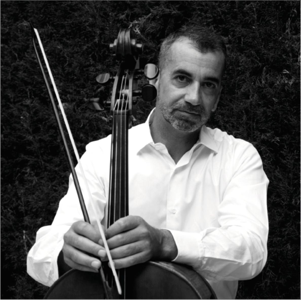 El Conservatorio »García Matos» de Plasencia ofrece un concierto del violonchelista José Antonio Salazar
