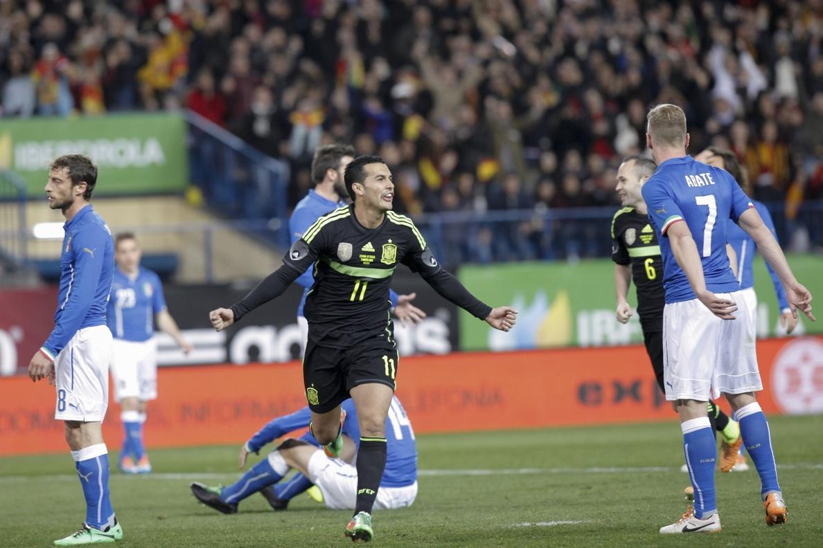 España sigue como sólido líder del ránking FIFA y Grecia vuelve al »top 10»