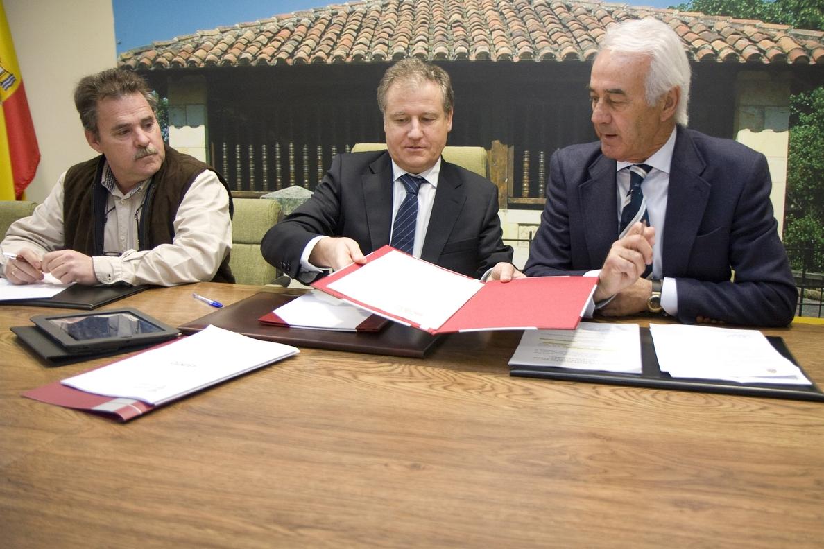 Gobierno y Ayuntamiento colaborarán en la ejecución de la glorieta de Helguera, que costará 330.000 euros