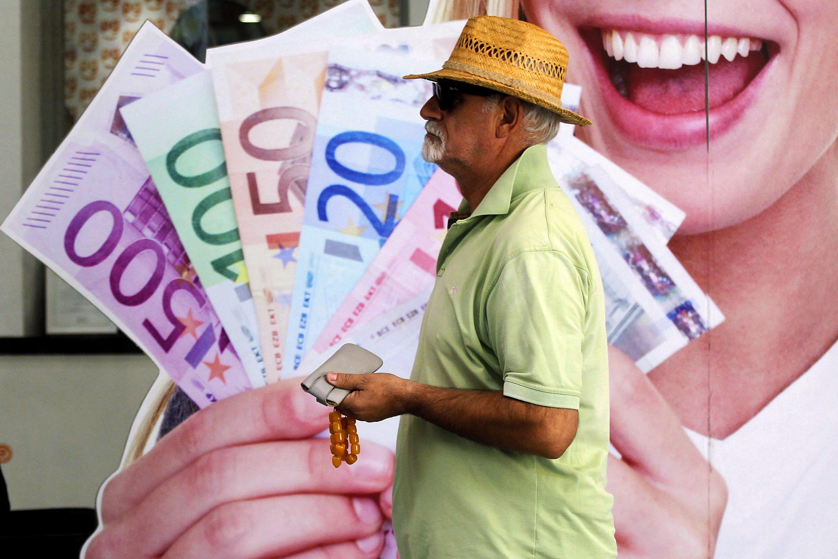 Grecia coloca 3.000 millones de euros en bonos a 5 años