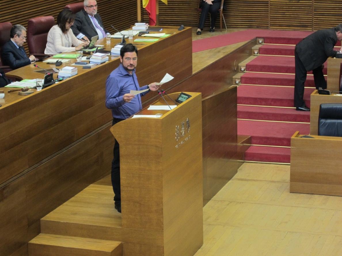 El PP rechaza en las Corts pedir al Consell que facilite a los diputados la documentación que solicitan