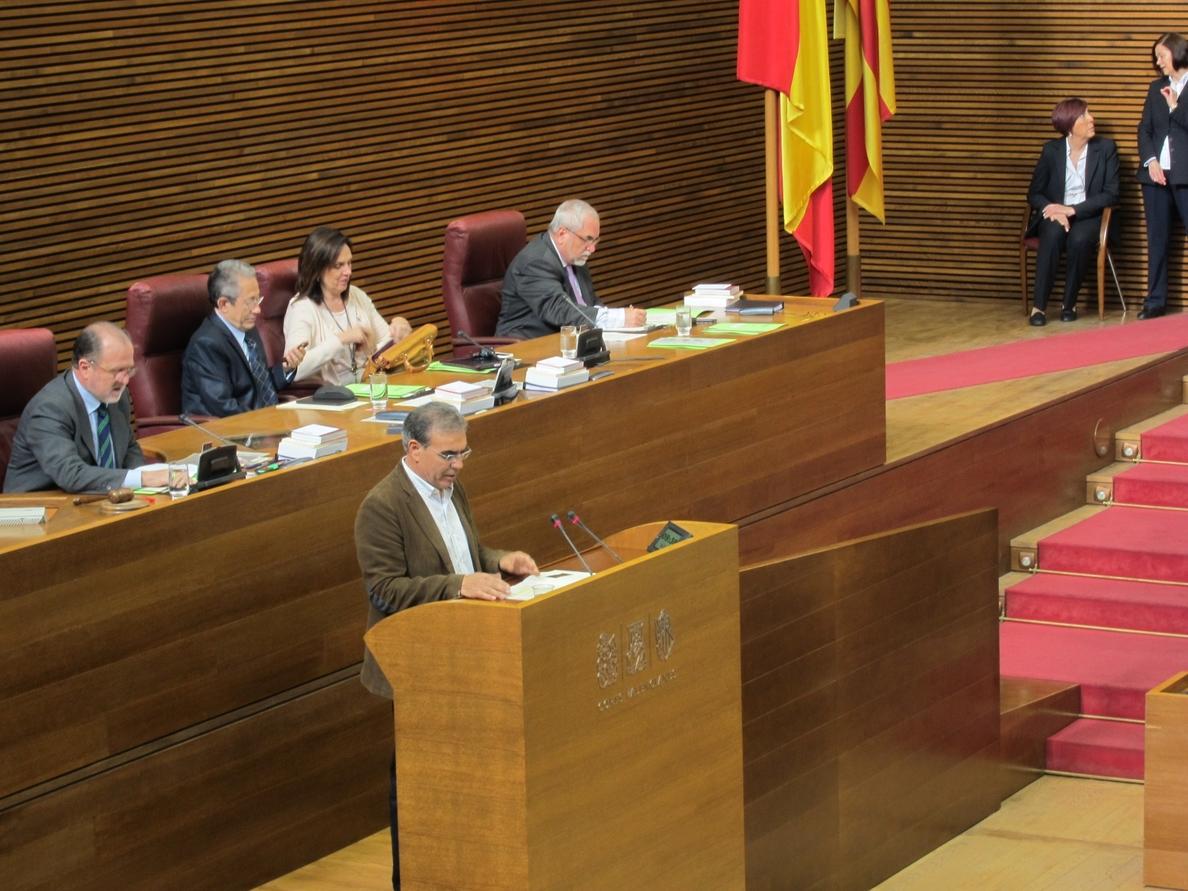 El PP rechaza la propuesta de Compromís para retirar el arreglo escolar porque «se ceba con las líneas en valenciano»