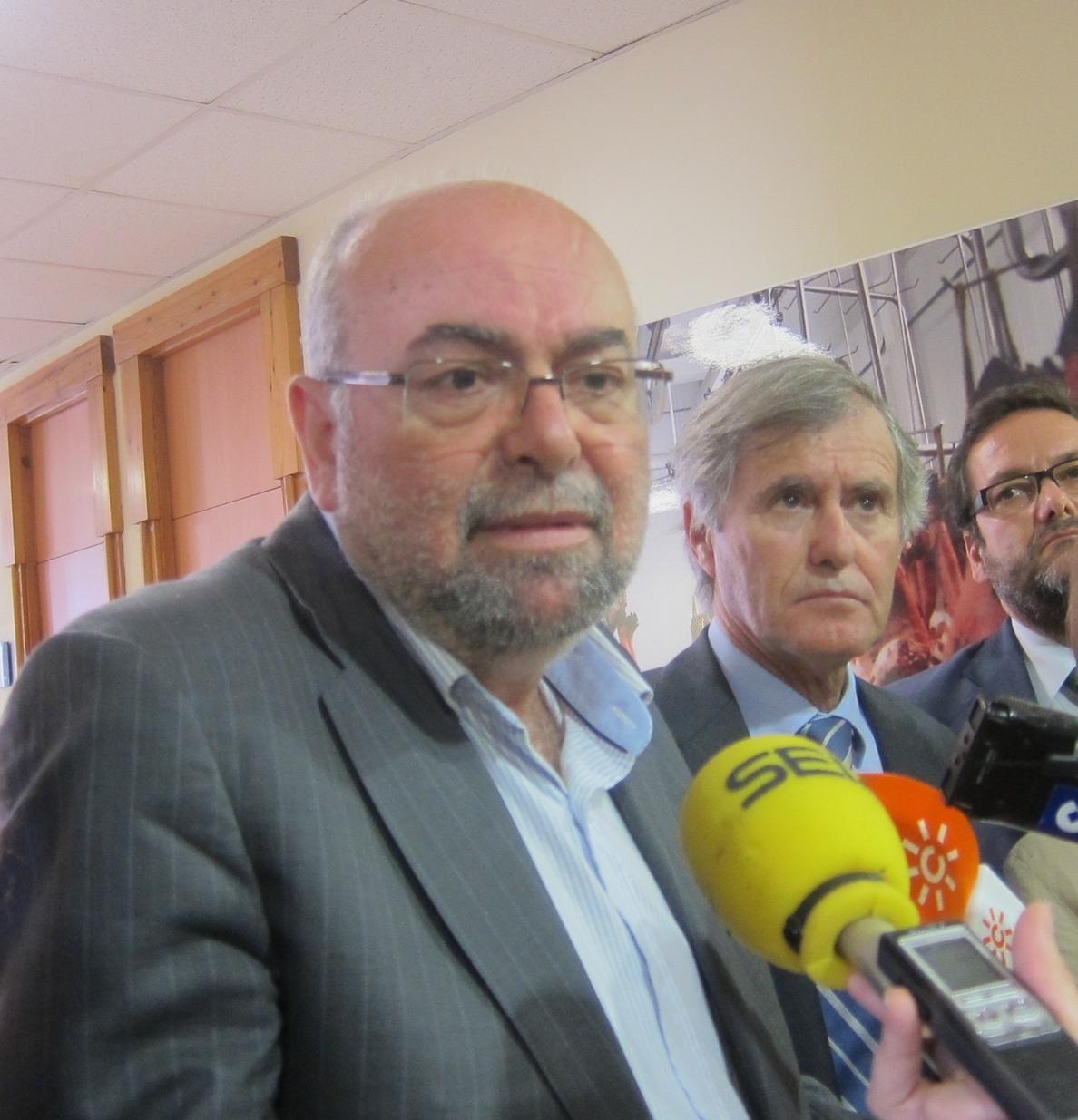 S.La Junta prevé un periodo «positivo» y augura el aumento de pernoctaciones