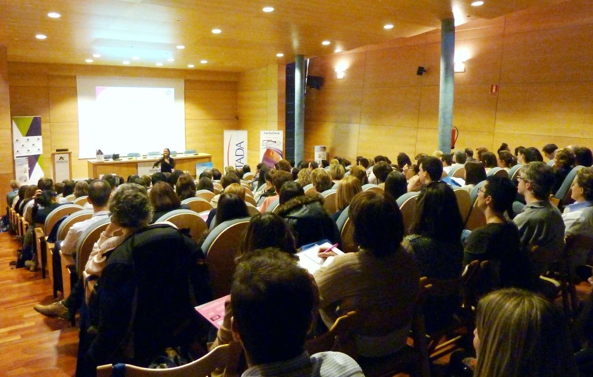 STADA y Novaltia reúnen a 180 farmacéuticos en Zaragoza en un »workshop» dedicado a la anticoncepción oral