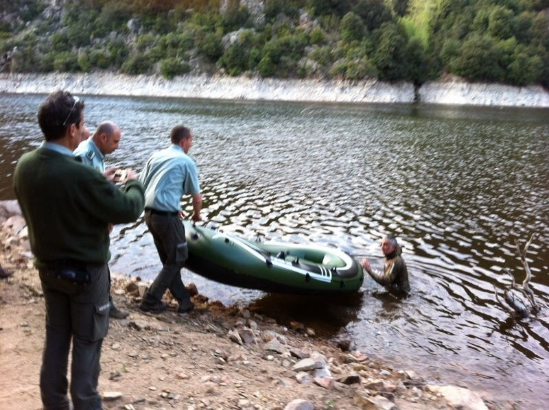 Decomisados 90 kilos de peces capturados ilegalmente en Susqueda