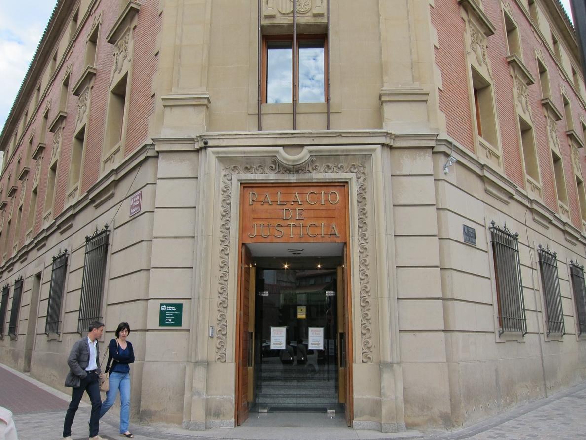 Piden 5 años de cárcel para una persona acusada de trapichear con drogas en su domicilio de Logroño