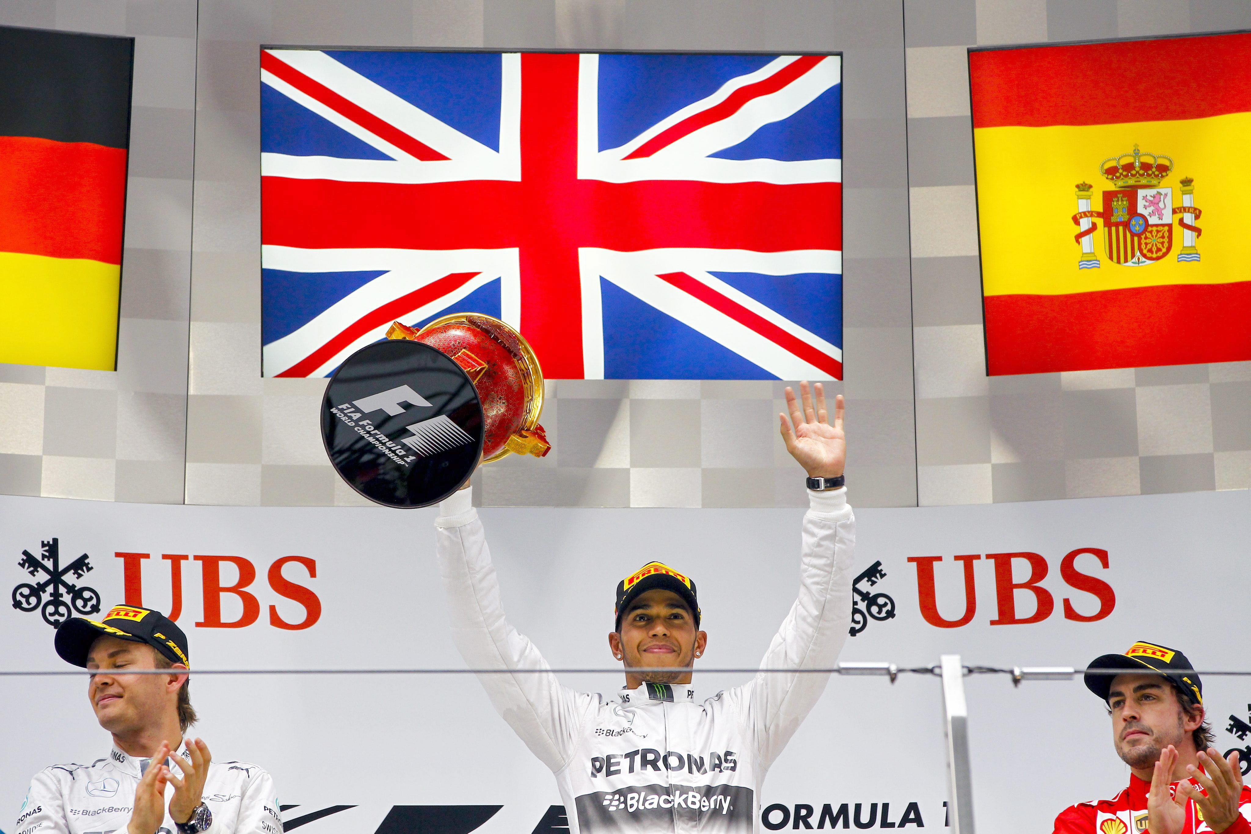 Alonso asciende a la tercera posición del Mundial, solo por detrás de los Mercedes