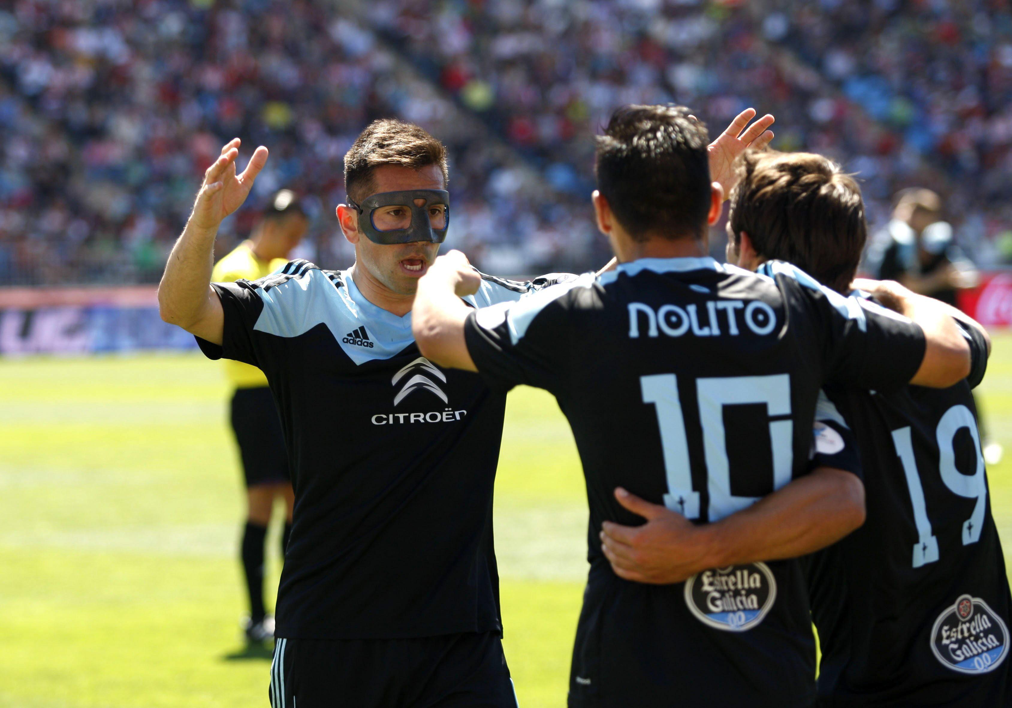 Una gran actuación de Nolito hunde al Almería y deja a flote al Celta