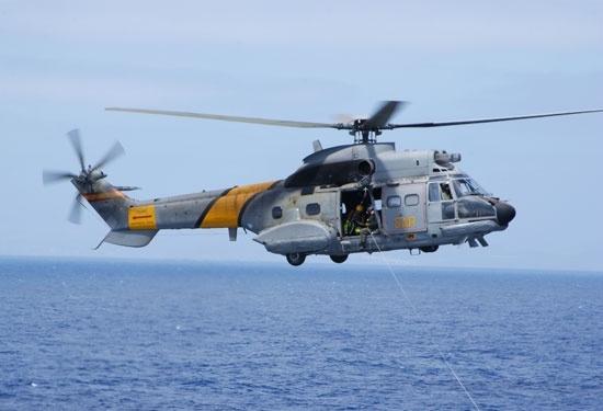 Encuentran a más de dos kilómetros de profundidad los restos del helicóptero caído en Fuerteventura