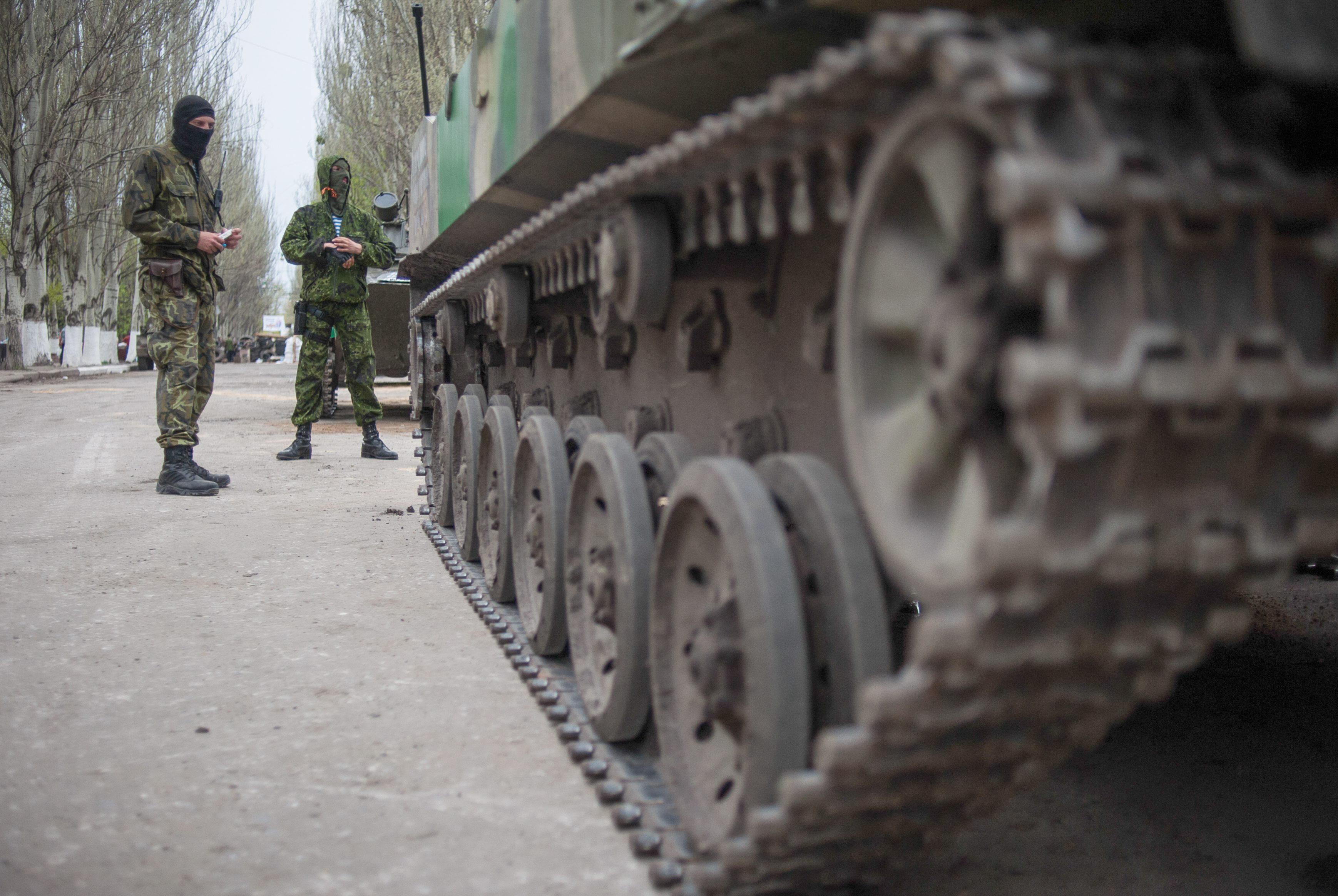 Cinco muertos en un ataque contra un puesto de control prorruso en el este de Ucrania