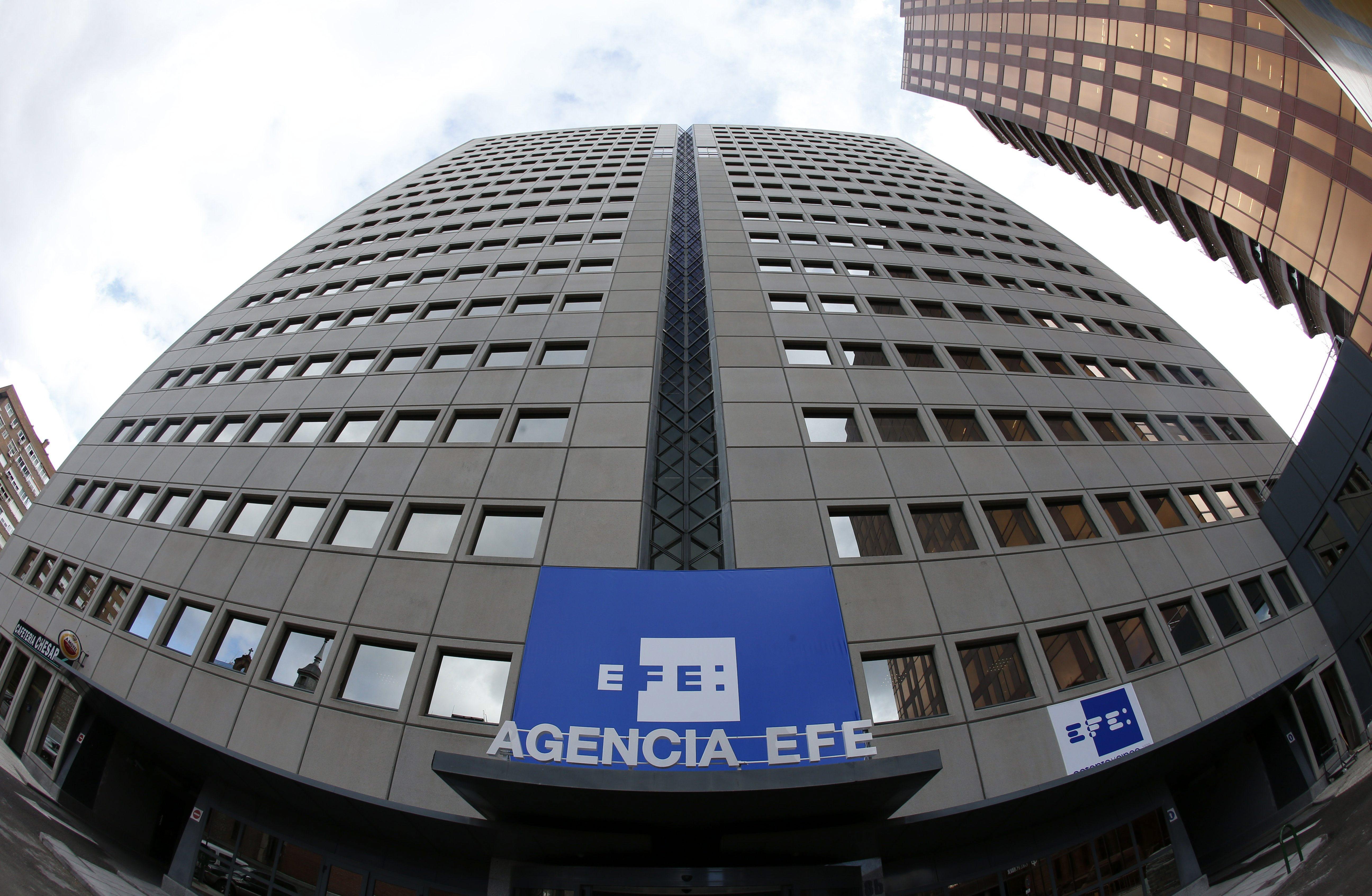 La Agencia Efe, Almudena Grandes y Colita, entre los premios «Continuarà» de RTVE