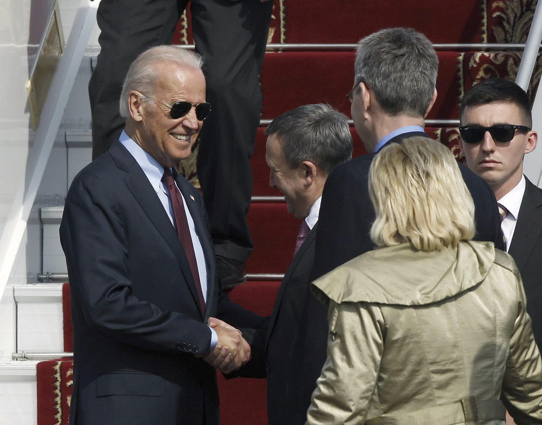 Biden llega a Kiev para impulsar los acuerdos de Ginebra