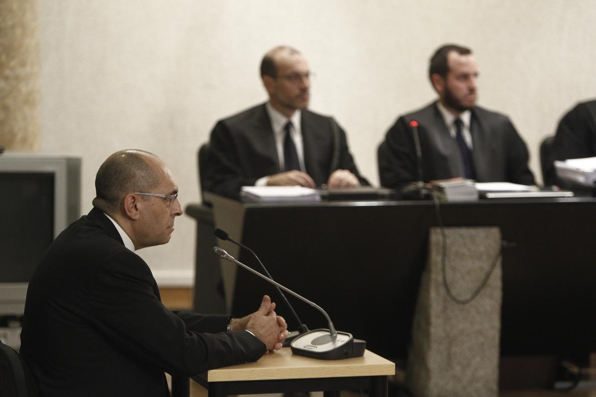 Cayo Lara defiende al juez Silva y censura que la Justicia ha corrido para juzgarle, mientras Blesa sigue «de rositas»